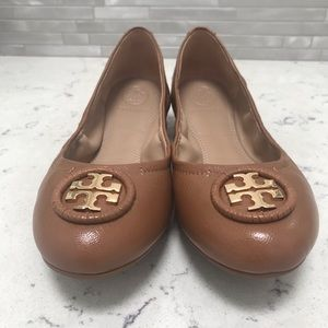 Tory Burch Allie Ballet Flat in Royal Tan